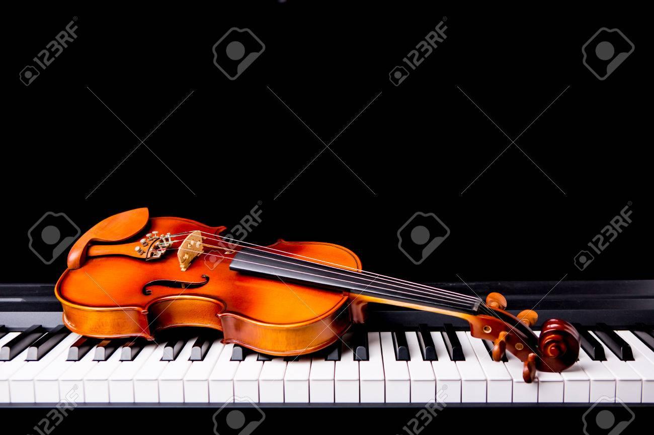 violin stock photos royalty free violin images