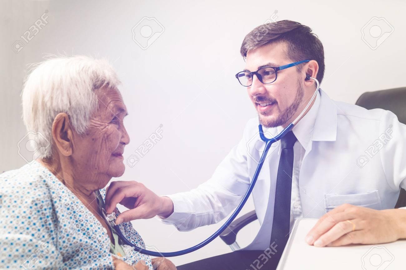 Doctor examinatio