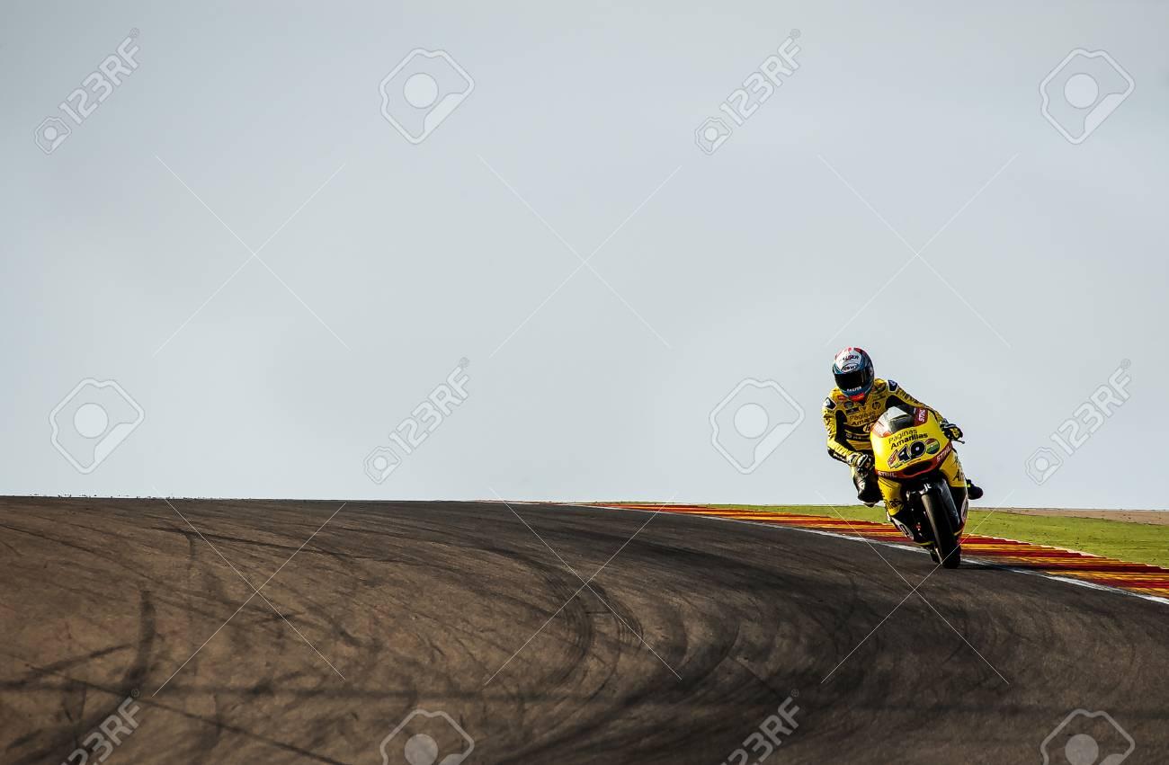 Circuito Motorland : Alex rins en movistar gp de aragón de motogp en el circuito de