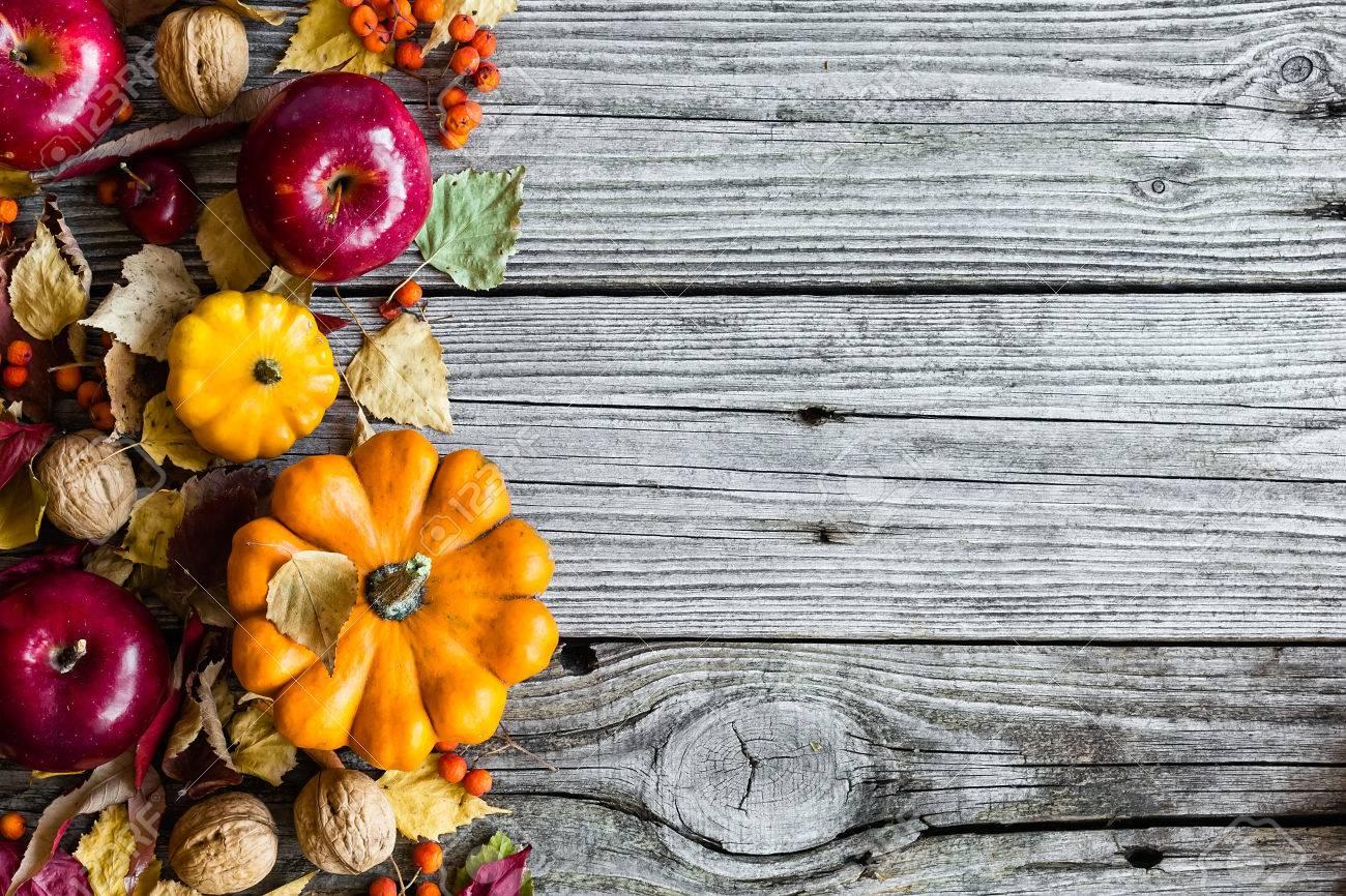 Autumn background - 32542246