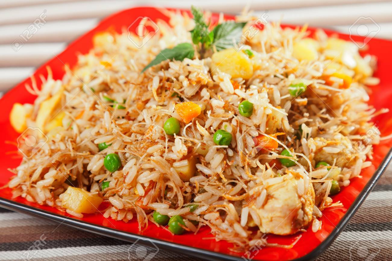 Chicken biryani typical indian food recipe cooked stock photo chicken biryani typical indian food recipe cooked stock photo 45732595 forumfinder Image collections