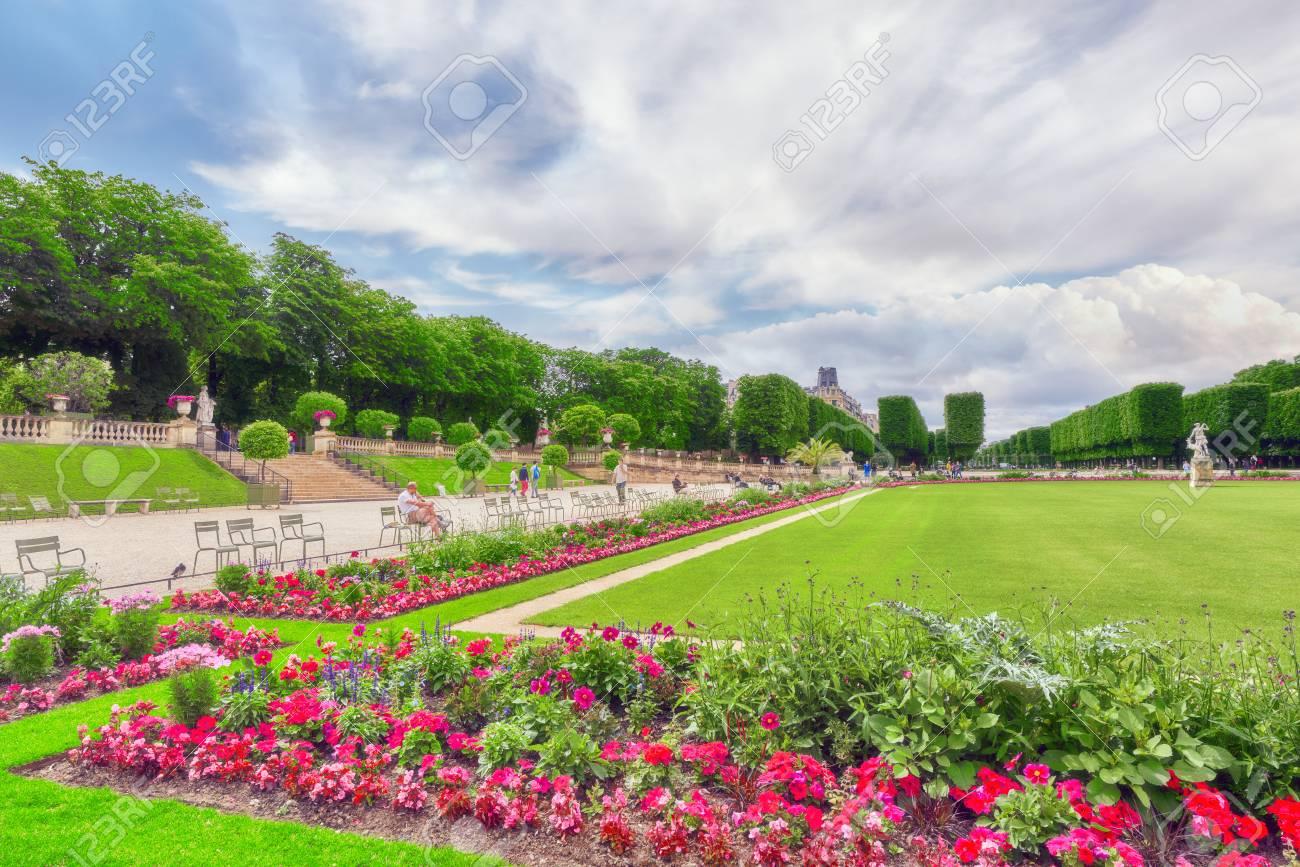 Palazzo di lussemburgo e parco di parigi il jardin du luxembourg