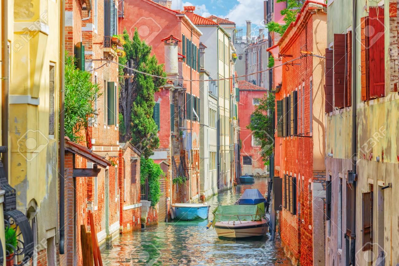Häuser Italien ansichten der schönsten kanäle venedig engen gassen häuser