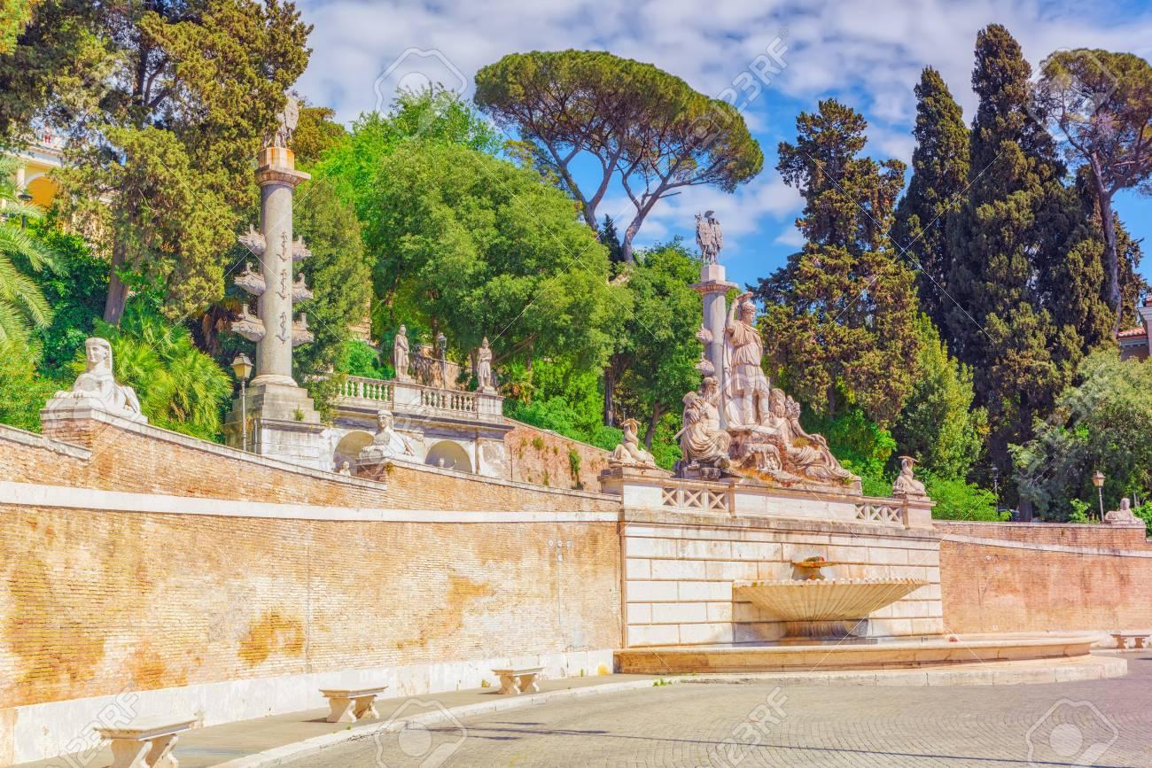 Fountain Of Rome\'s Goddess And Terrace De Pincio (Terrazza Del ...