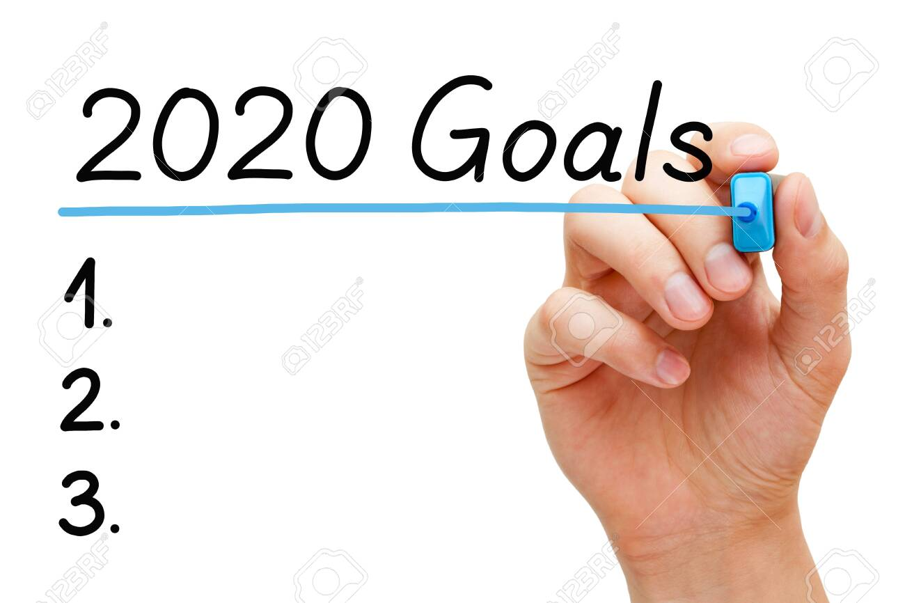 Blank goals to do list concept for year 2020 isolated on white background. Hand underlining 2020 Goals with blue marker on transparent wipe board. - 133791369