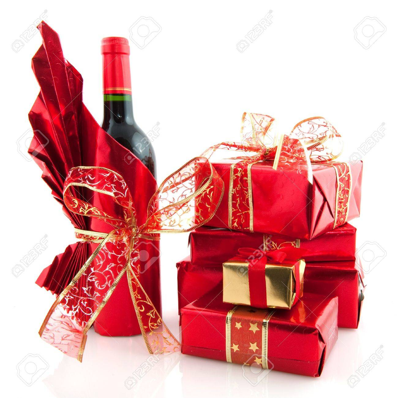 Wine Gifts For Christmas Part - 45: Wine Gifts: Luxury Christmas Presents And Wine Wrapped In Red
