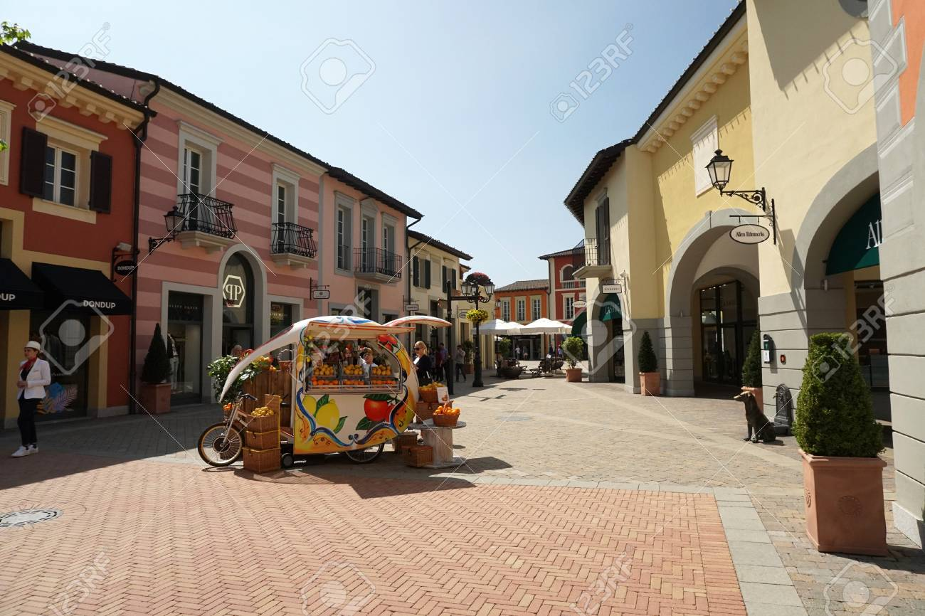 the latest 325c6 1bee7 SERRAVALLE SCRIVIA, ITALY - APRIL 23 2018 - People buying and..