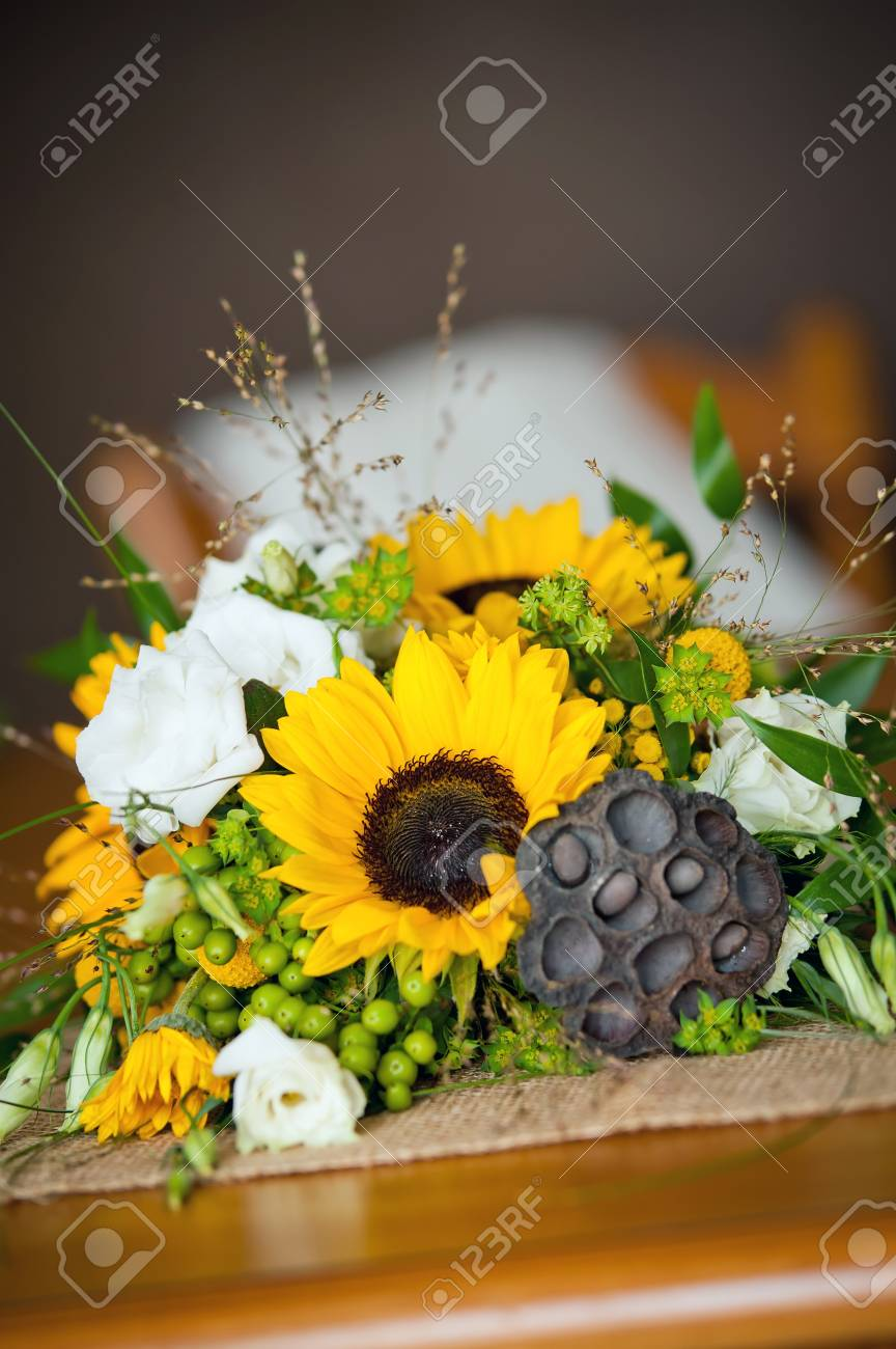 A Pretty Yellow And Green Wedding Bouquet Stock Photo Picture And