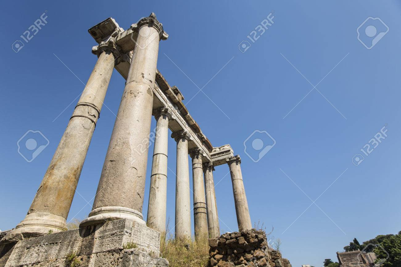 Temple of Saturn in the Roman Forum - with sun flare Stock Photo - 31817853