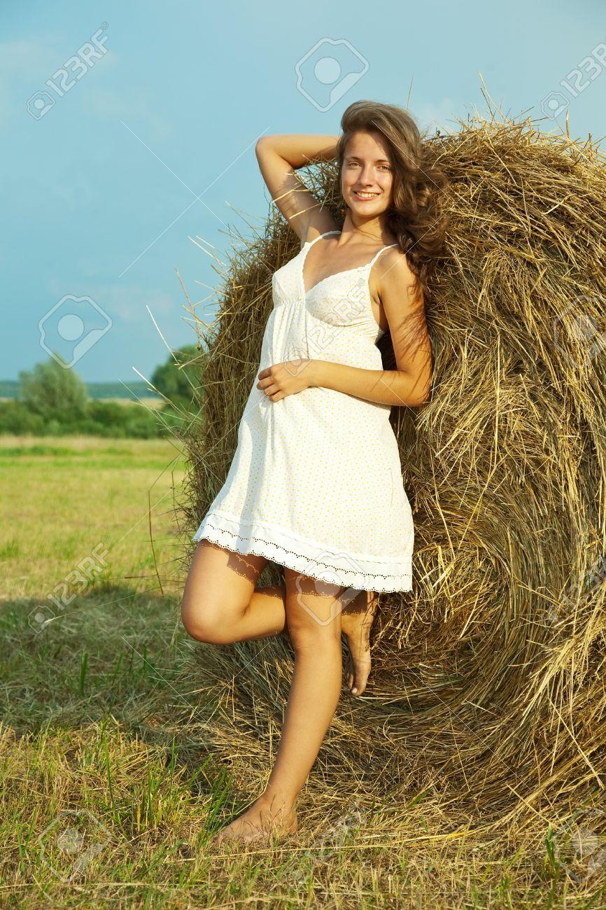Девушка деревенская полная фото
