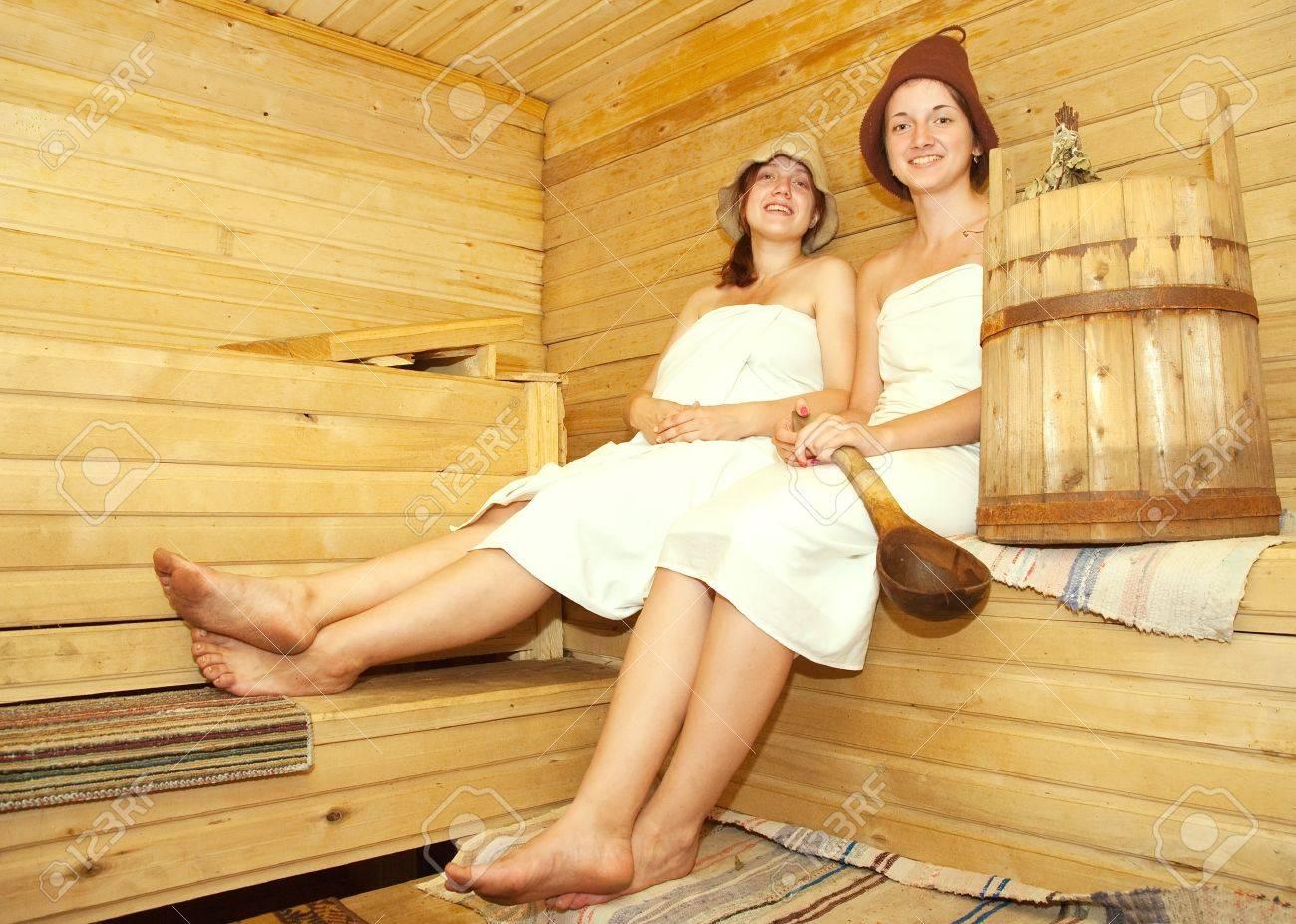 Фото девочки в бане 13 фотография