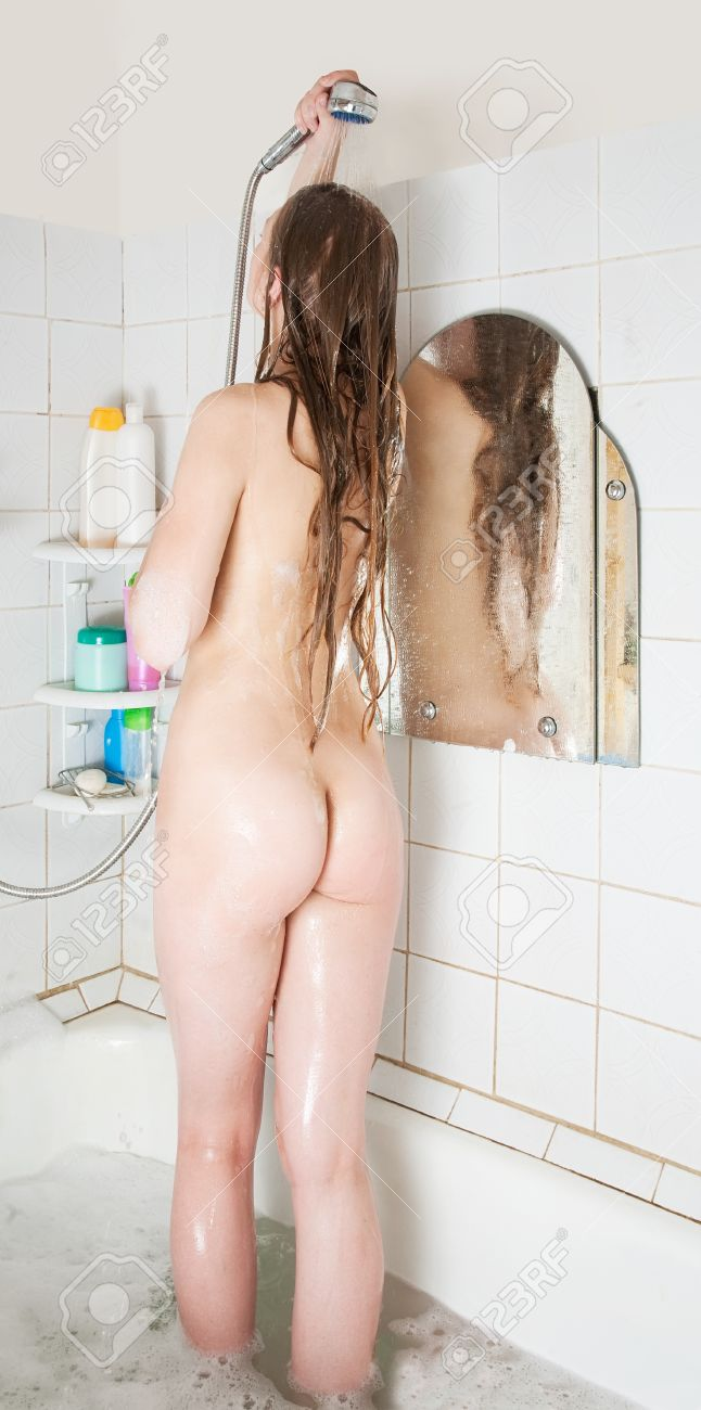 Standing nude girl photos — photo 10