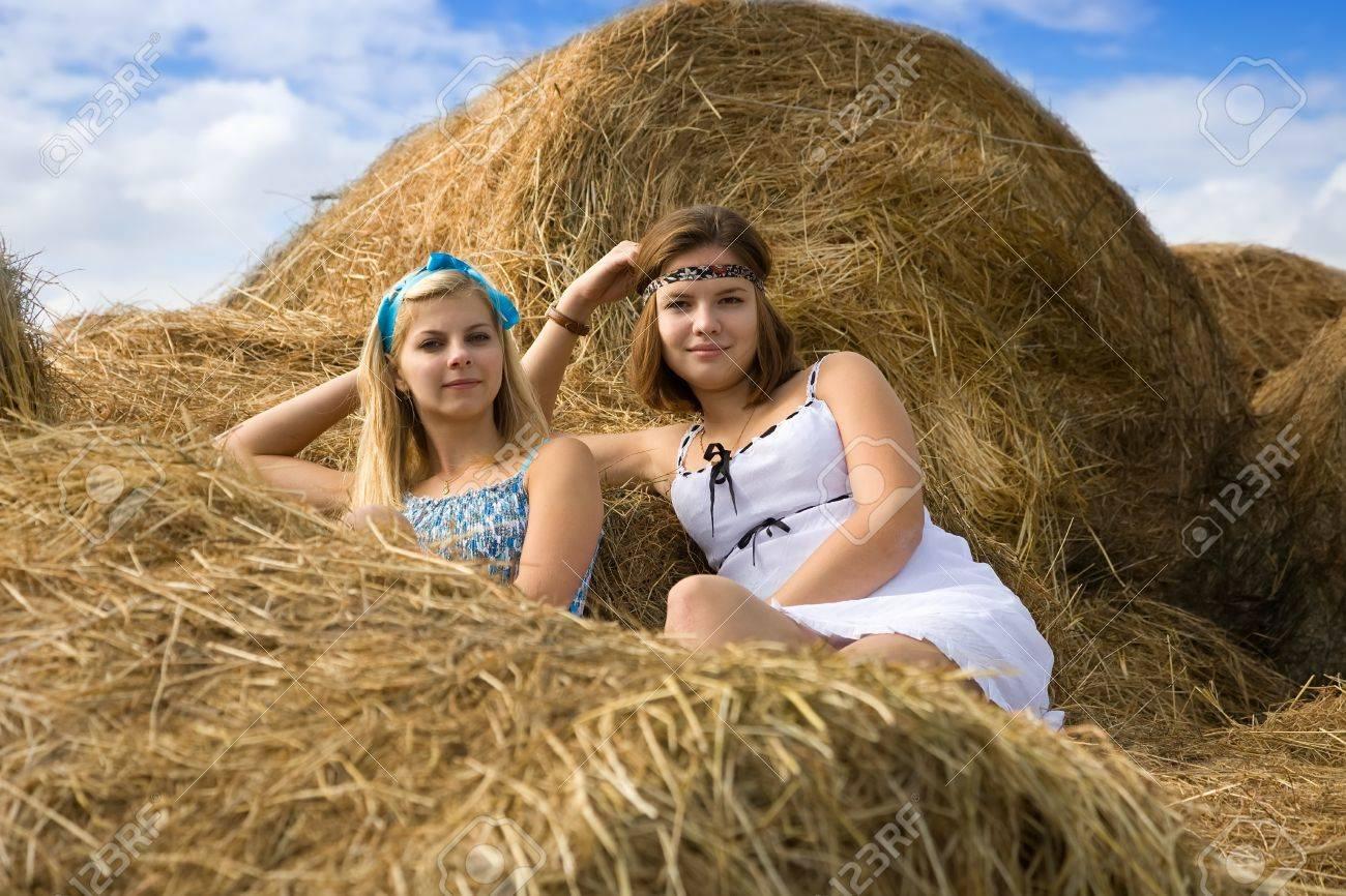 Девушки ферма фото