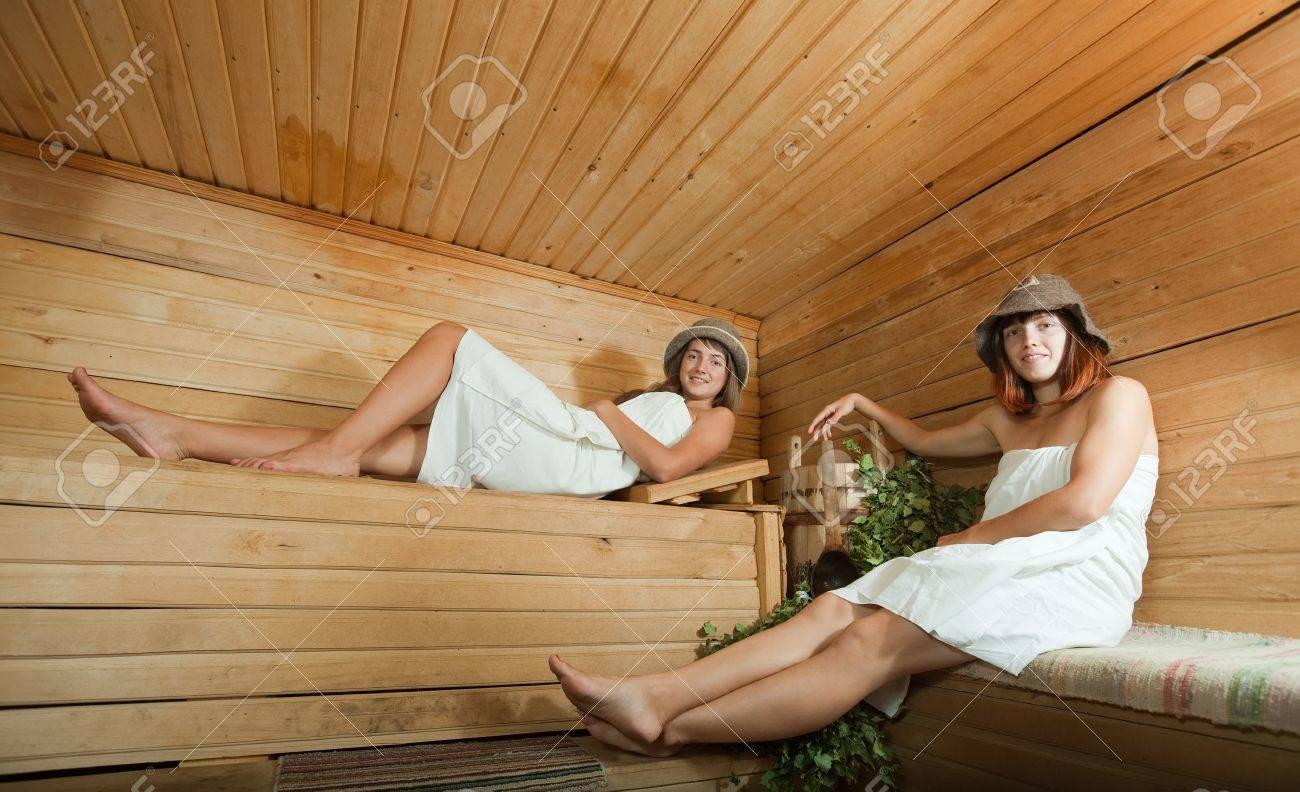 Секс с любовницей на даче русское, Видеозаписи Домашнее порно с женами и любовницами 19 фотография