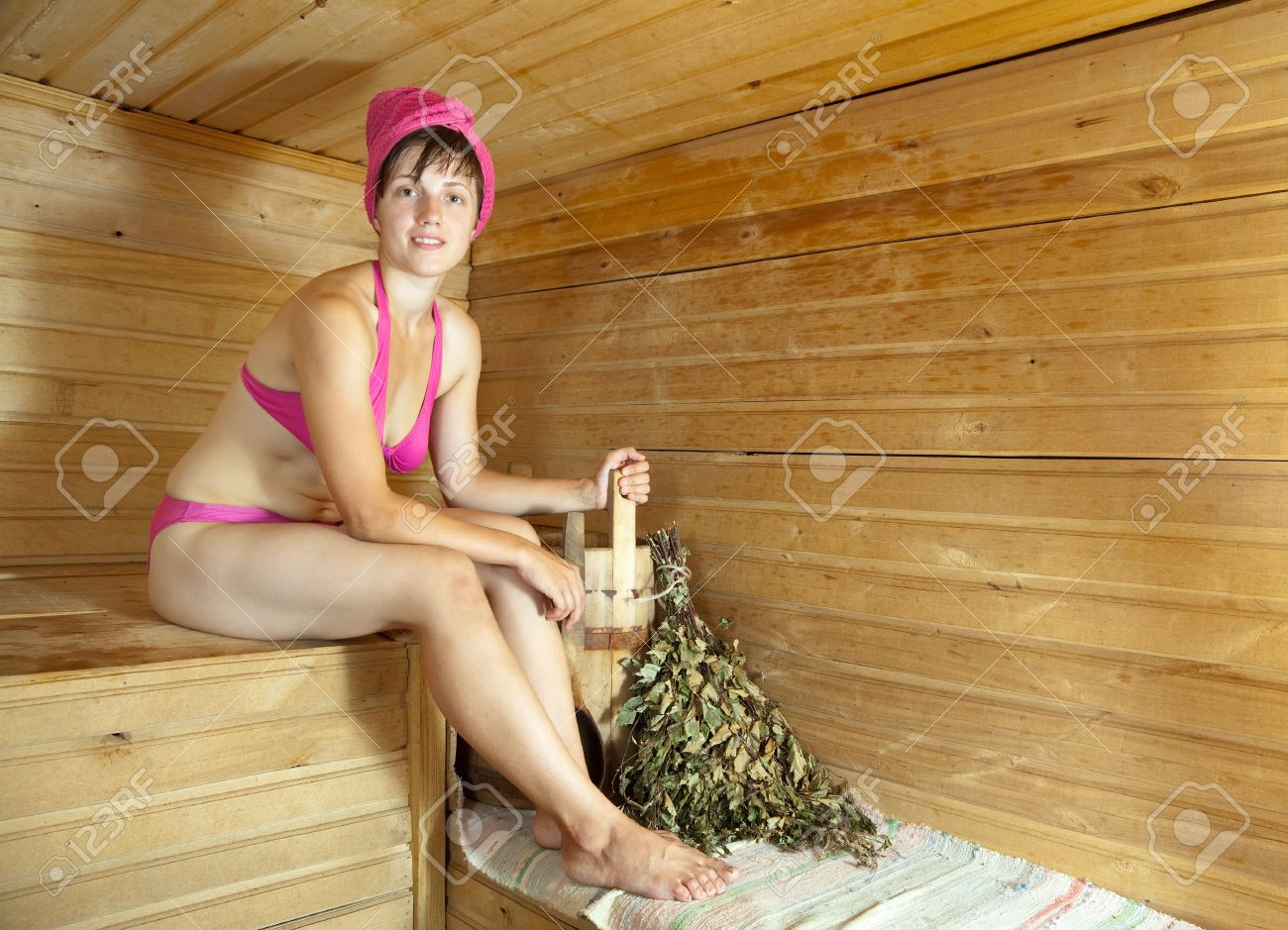 Девочка в русской бане фото 24-356