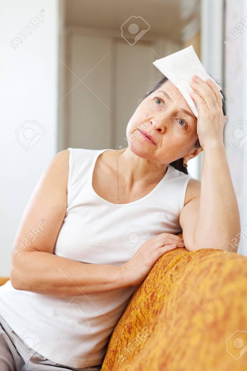Mature nue ébène femmes