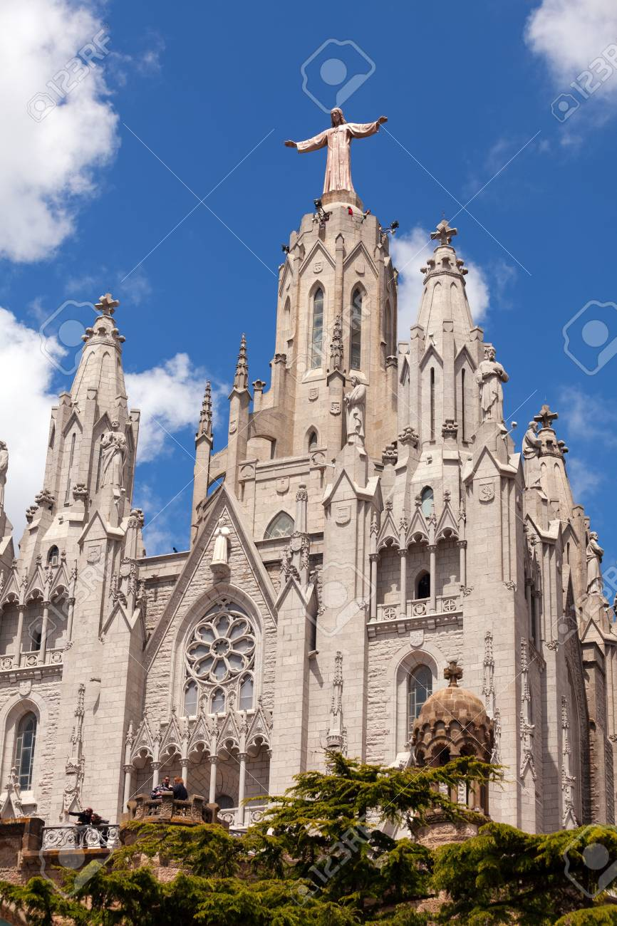 BARCELONA, SPAIN - MAY 18: Temple Expiatori del Sagrat Cor in May 18, 2013 in Barcelona, Spain. Construction of  Church dedicated to the Sacred Heart, lasted from 1902 to 1961 Stock Photo - 20187868