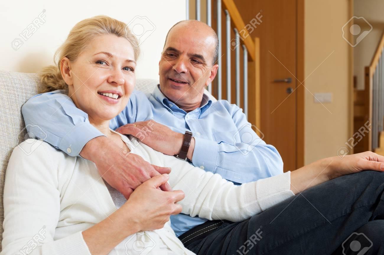 coquetear con un hombre mayor