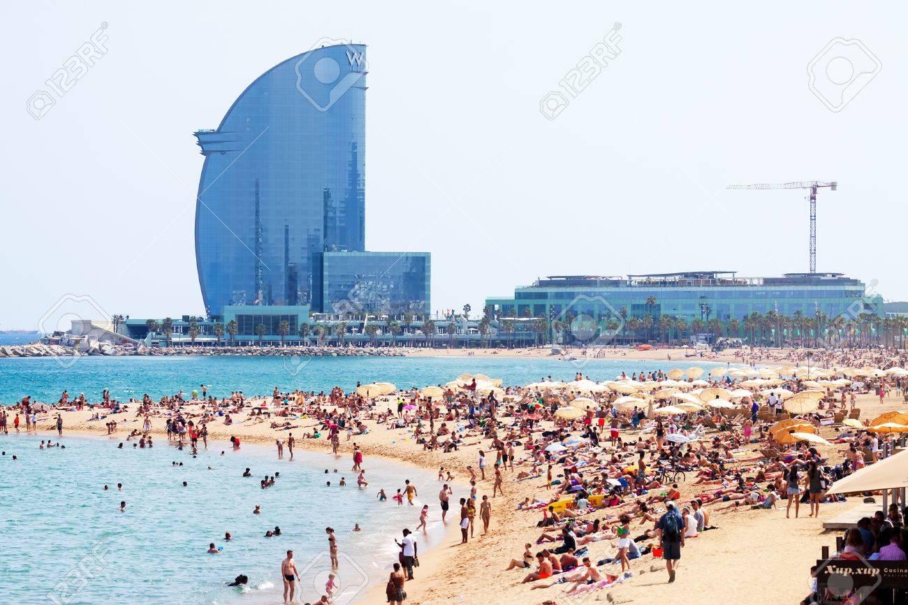 fotos playa barcelona espana