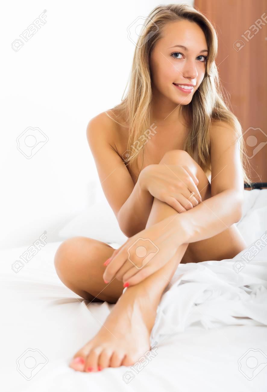 Naked italian sexy girls ass