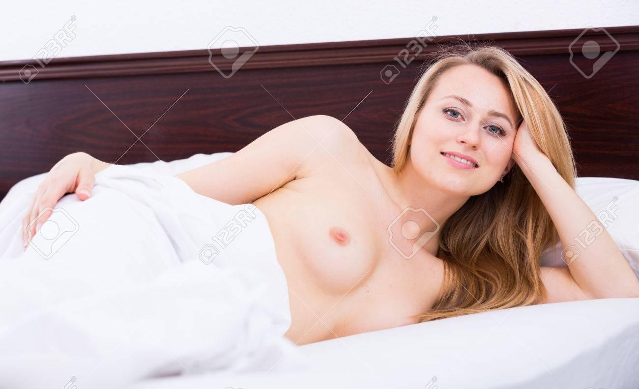 Sexy junge frauen blond nackt