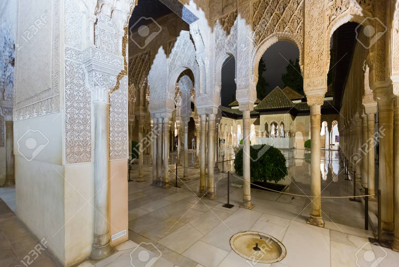 court of the lions example of islamic moorish architecture stock