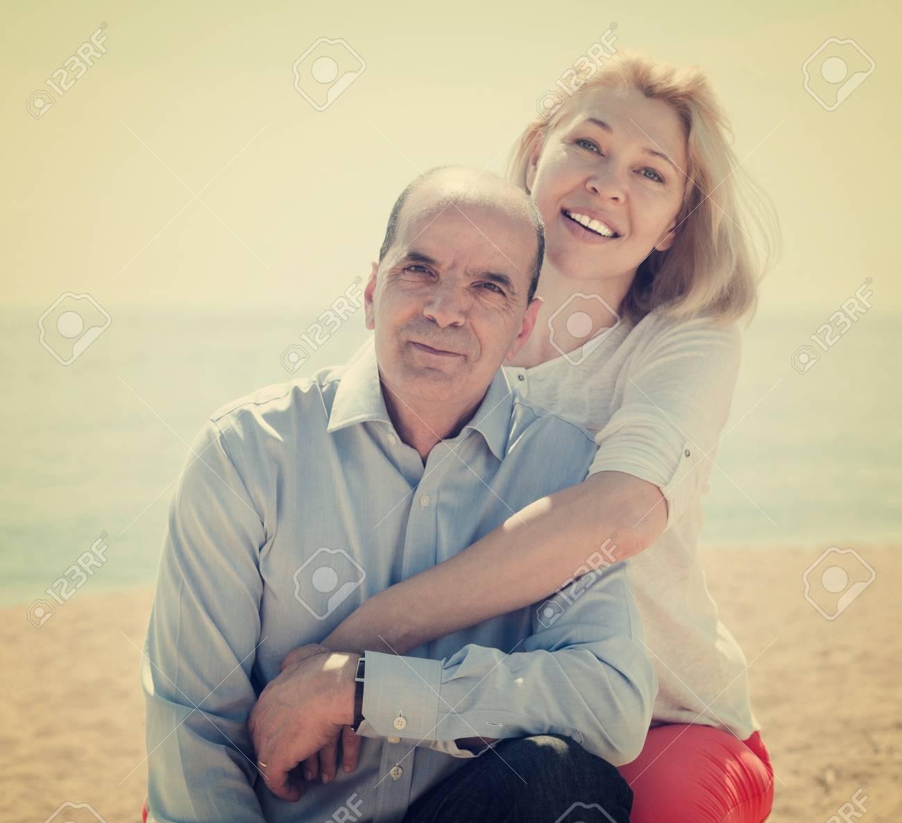 Dating eines älteren Mannes Probleme