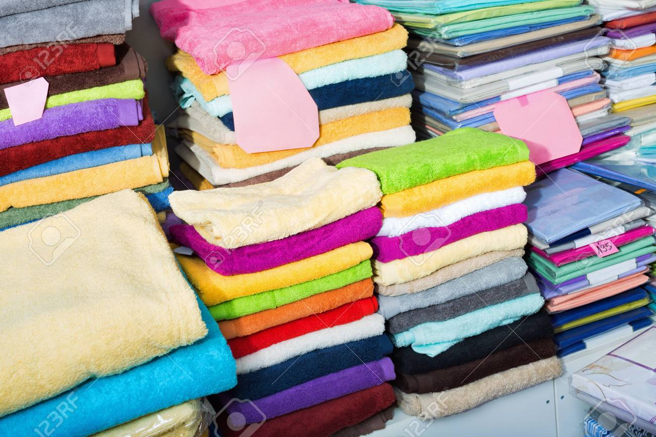 Detail View Of Loop Towels And Bed Sheets In Textile Store Stock Photo    70423123