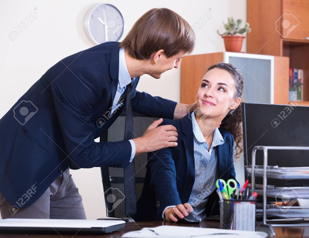 Wie Du die Frau von der Arbeit erobern kannst