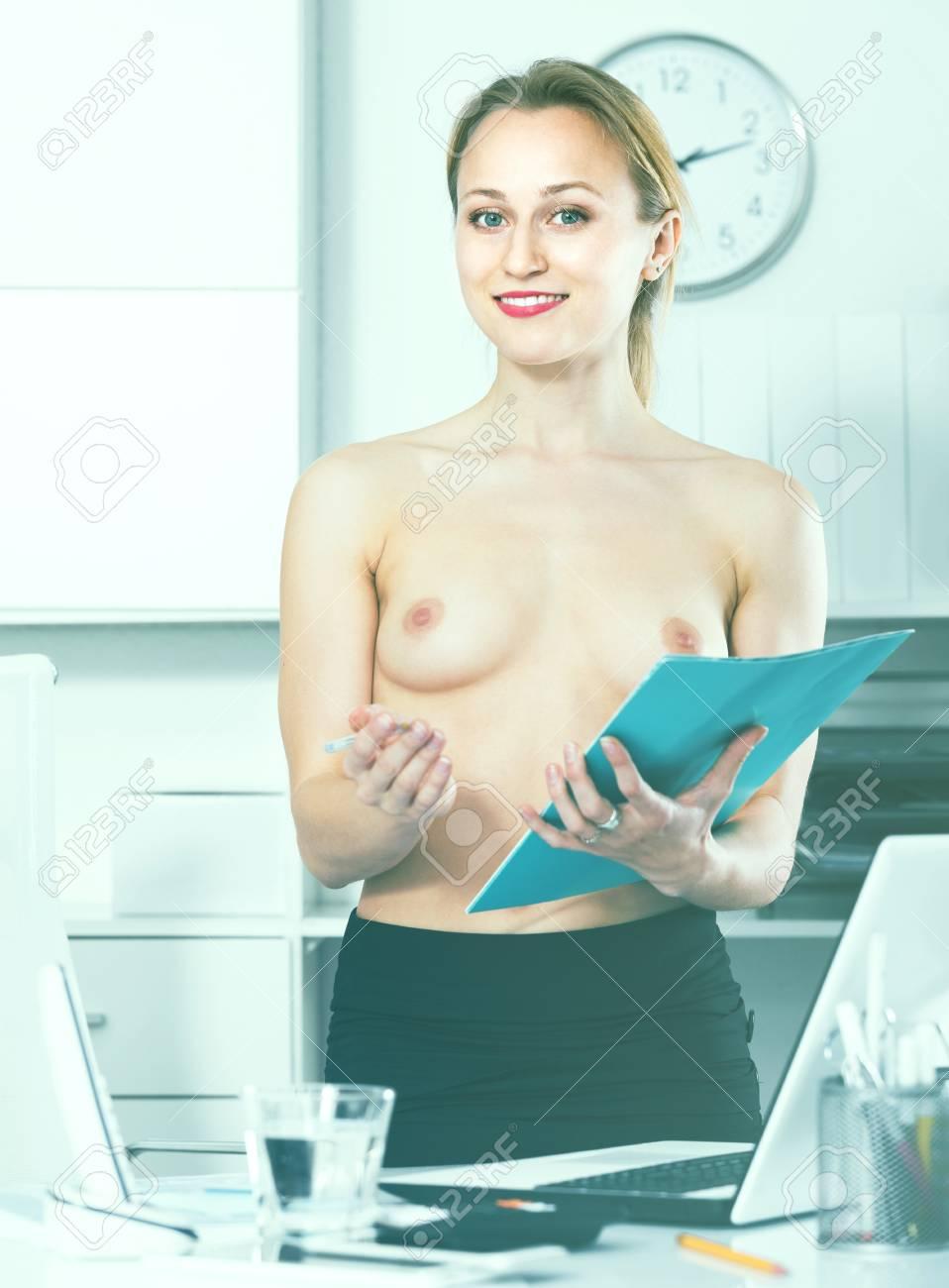 junge nackte russische