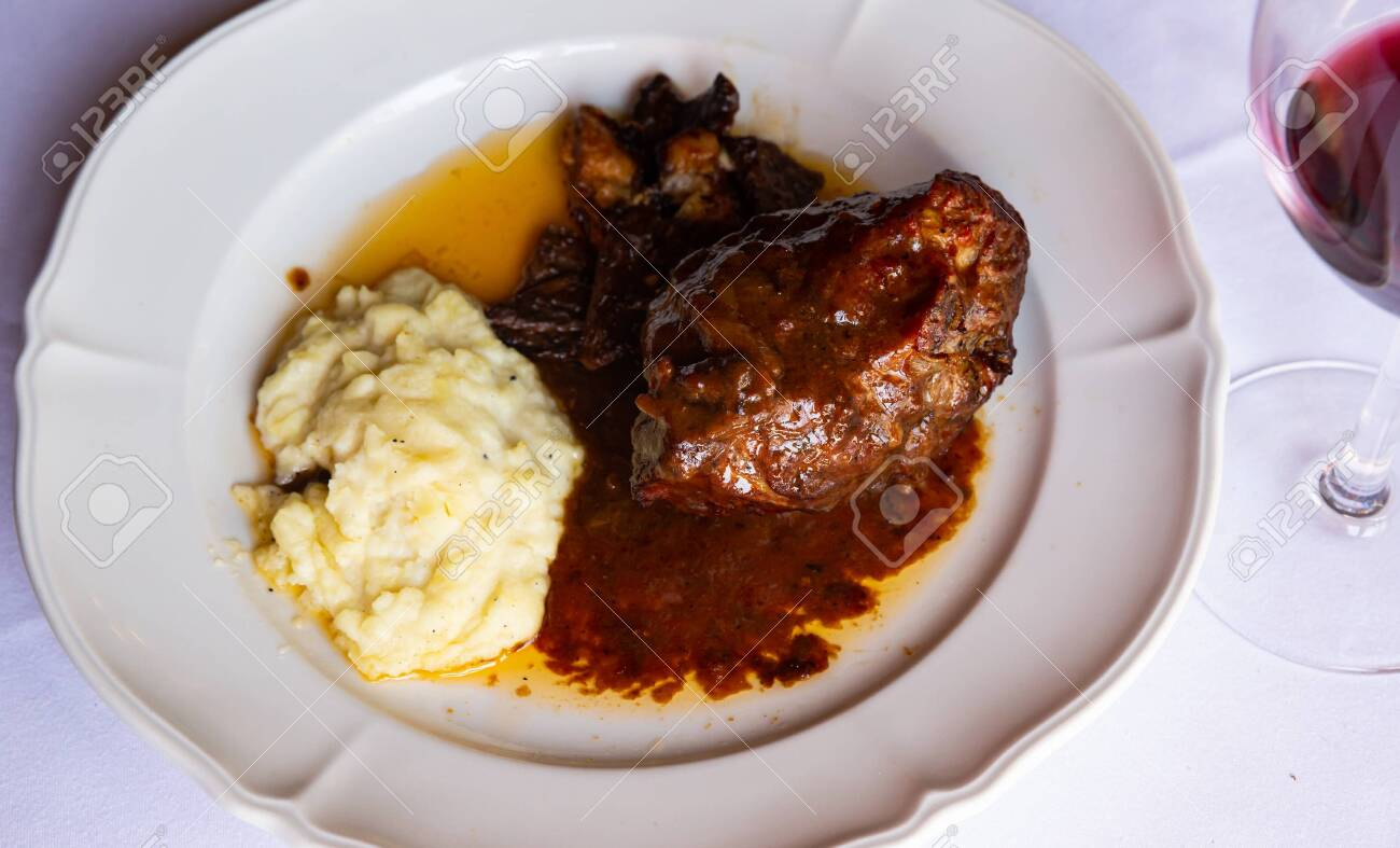 Stewed in oven lamb - 153908380