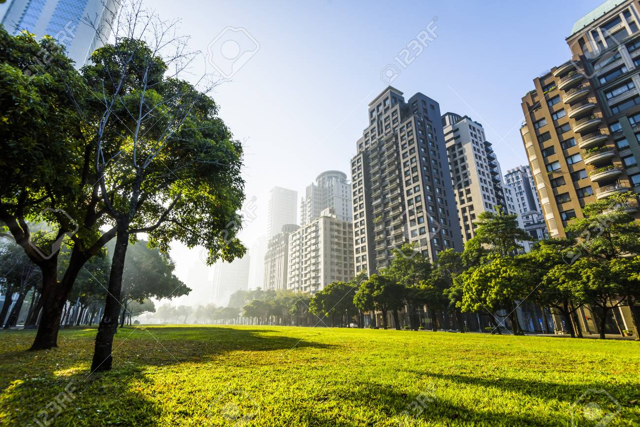 View of a park in the downtown area of Taichung in Taiwan - 96239371