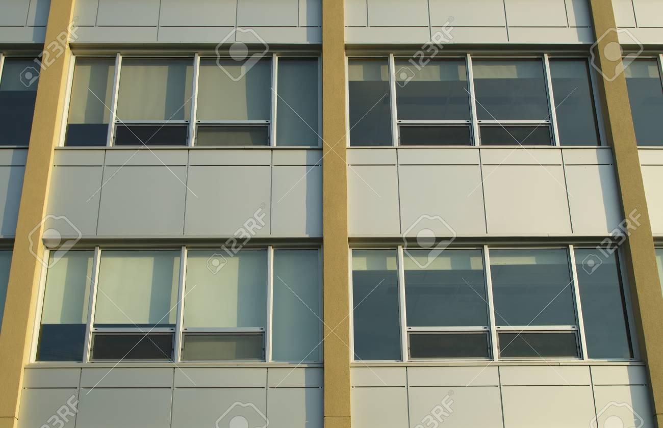 Burogebaude Wolkenkratzer Fassade Architektur Windows Und Aluminium