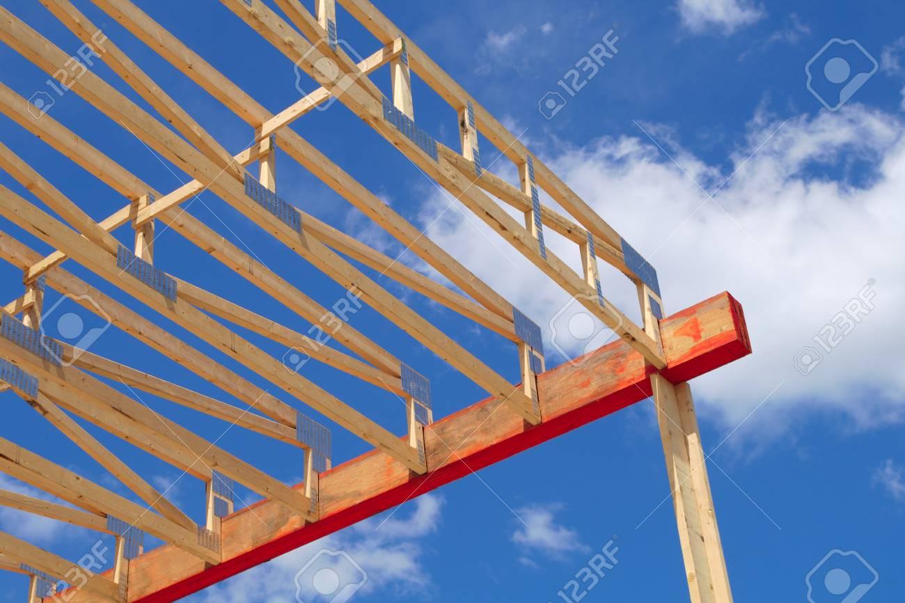 Construcción De La Casa Estructura De Estructura De Madera ...