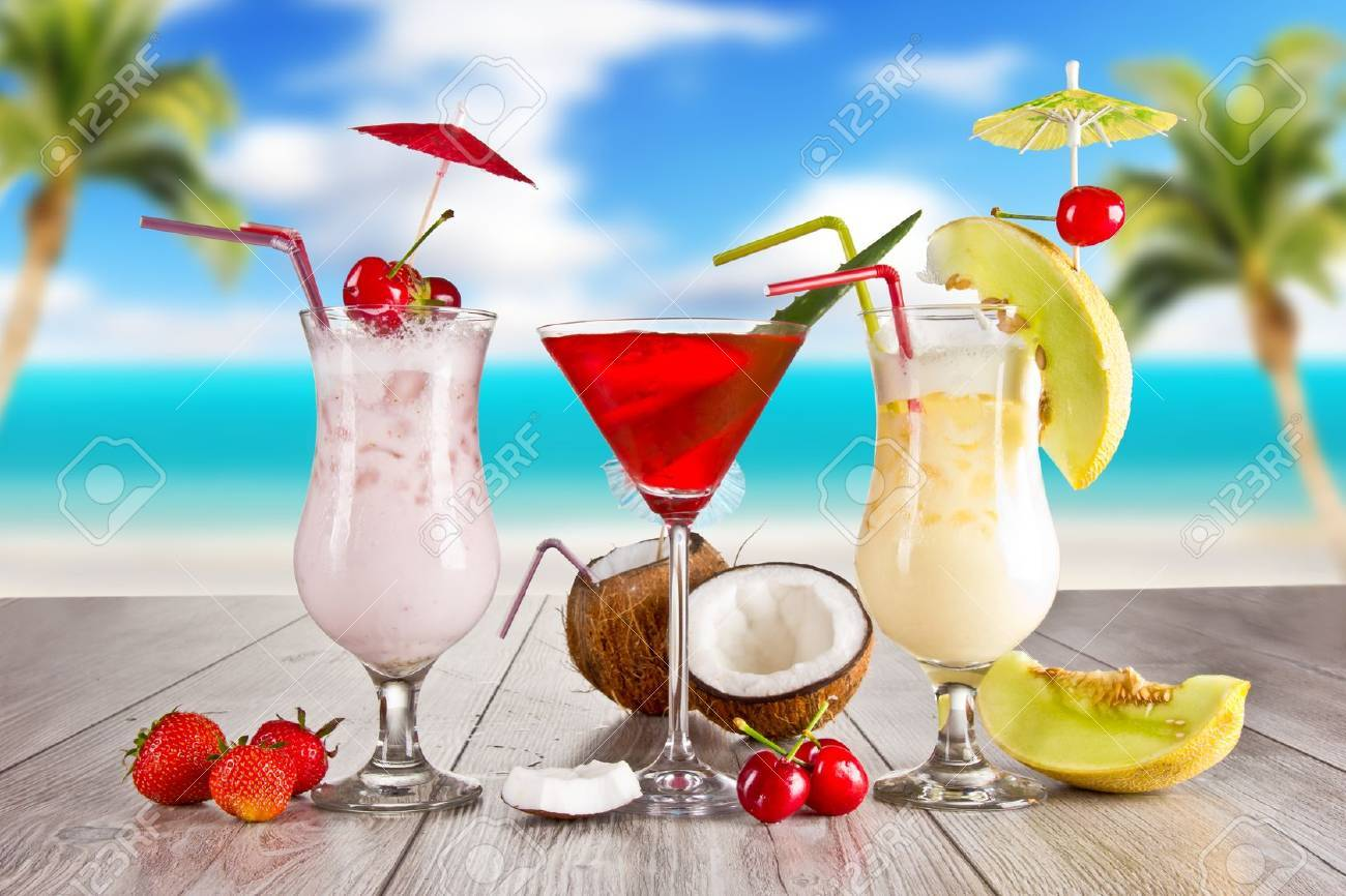 Summer drinks Stock Photo - 13934924