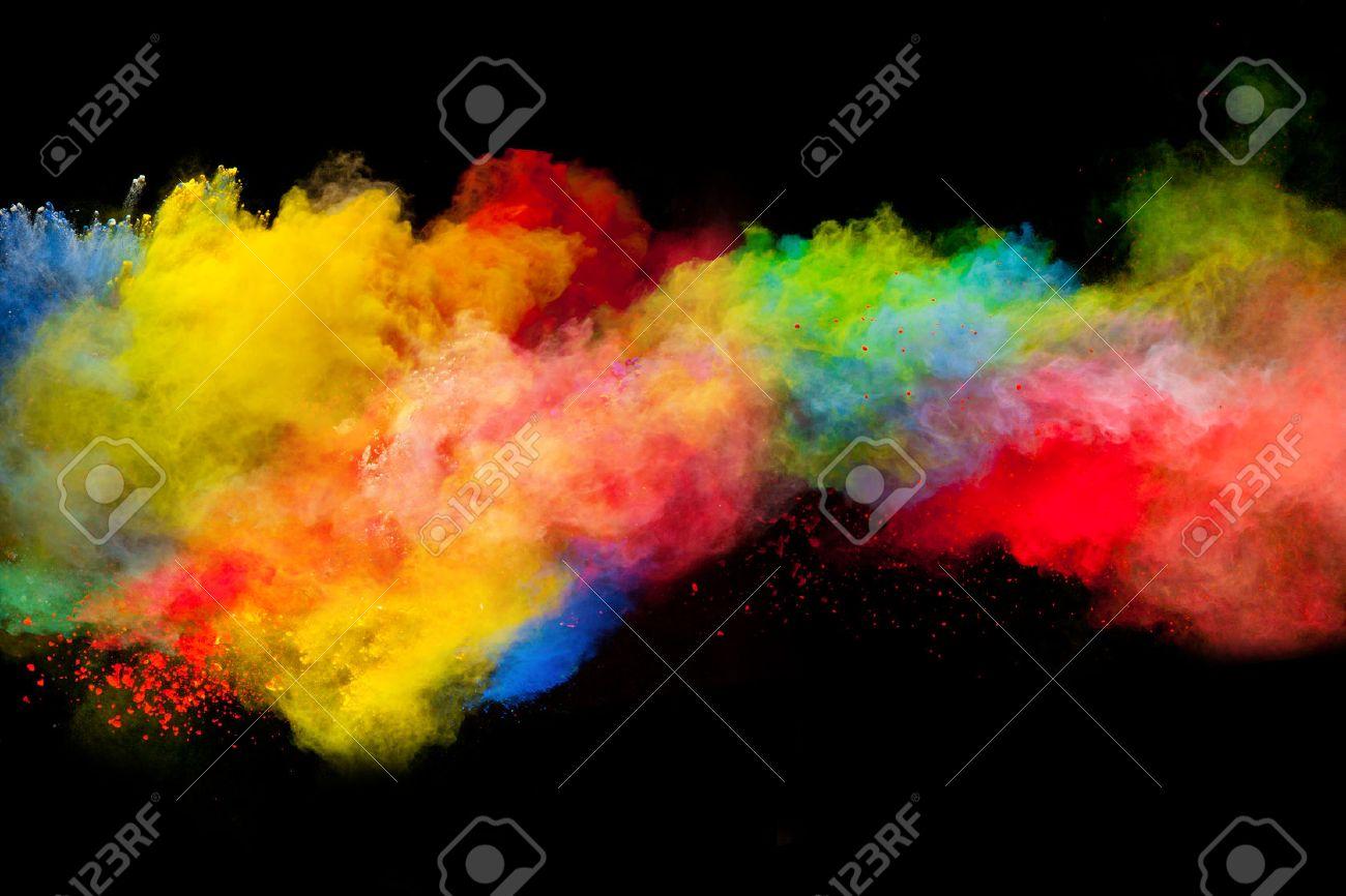 Congelar El Movimiento De Explosión De Polvo De Color Aislado En El ...