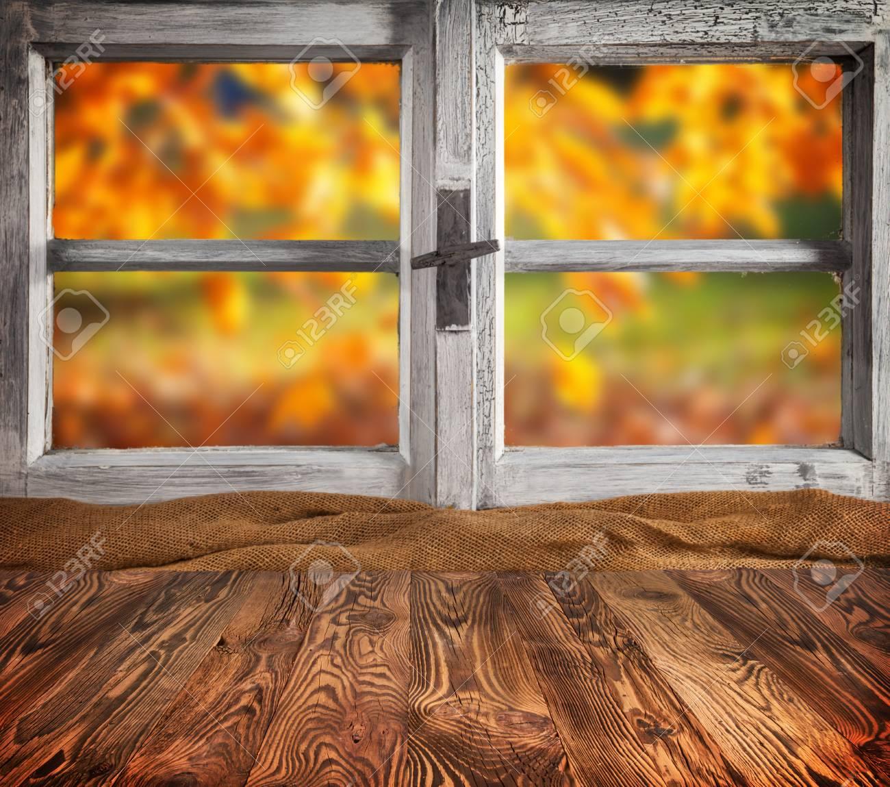 gemutliches zuhause dielenboden, herbst-stillleben mit leeren hölzernen planken planken, vor, Design ideen