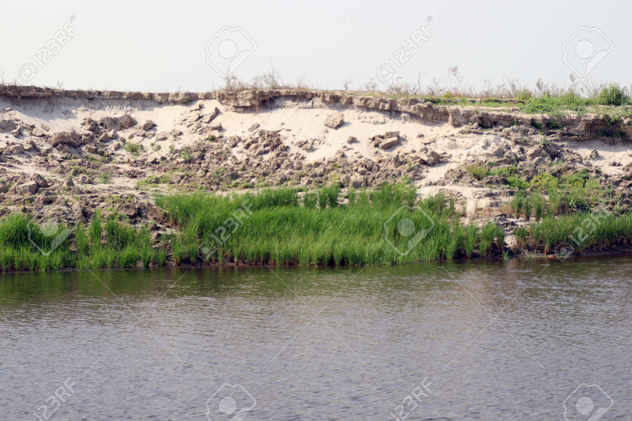 lake view with paddy firm and nature - 170868010