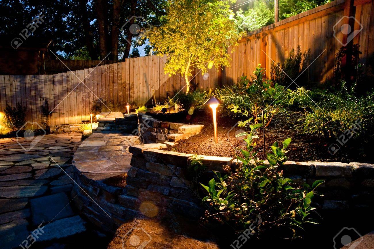 Urban backyard - 32135363