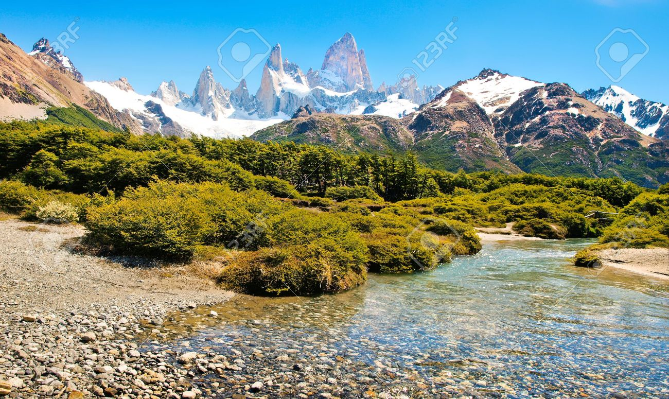 Beautiful landscape with Mt Fitz Roy in Patagonia, South America Stock Photo - 16785102
