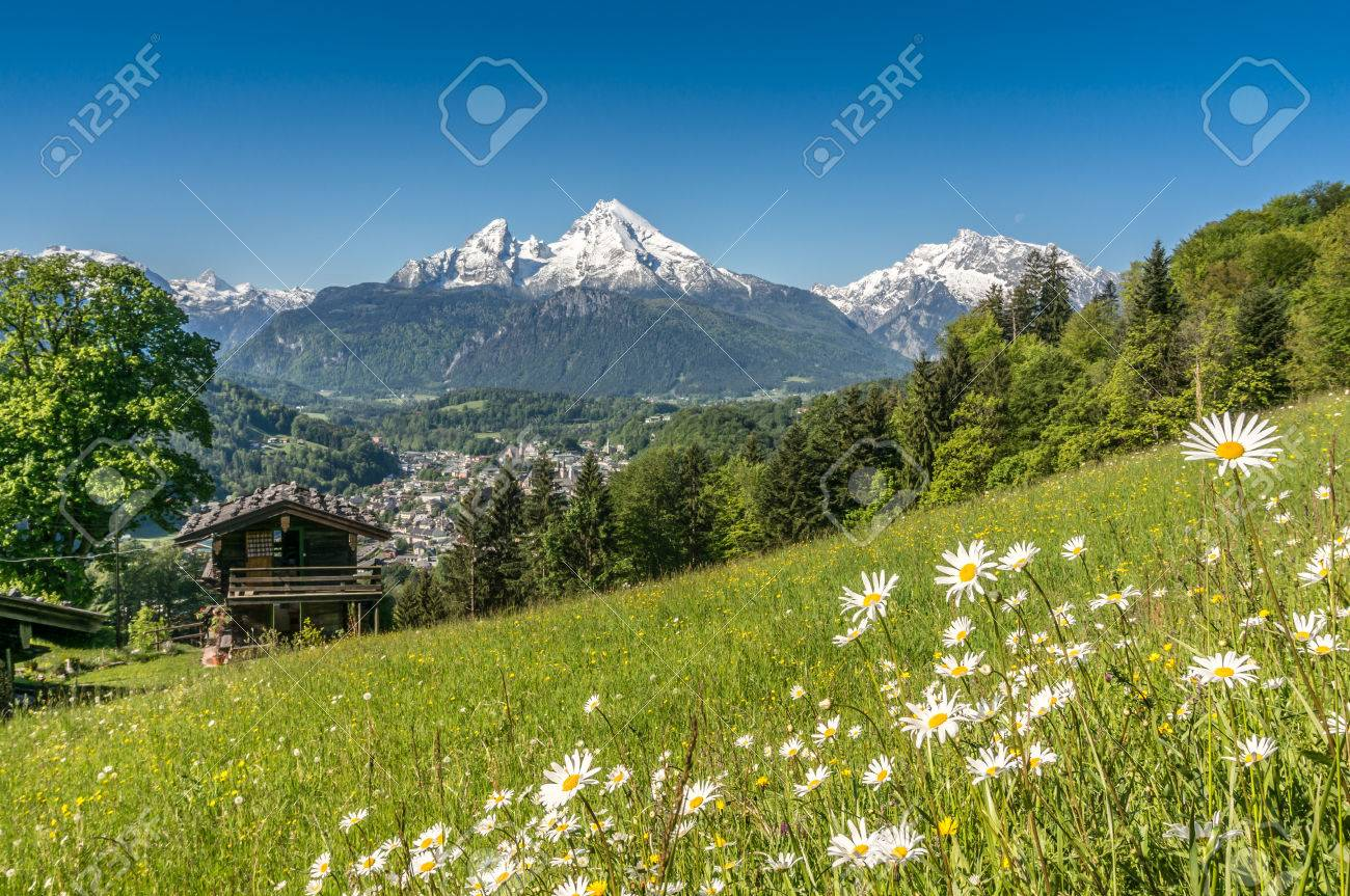 Vue Panoramique Du Paysage Magnifique Dans Les Alpes Bavaroises Avec