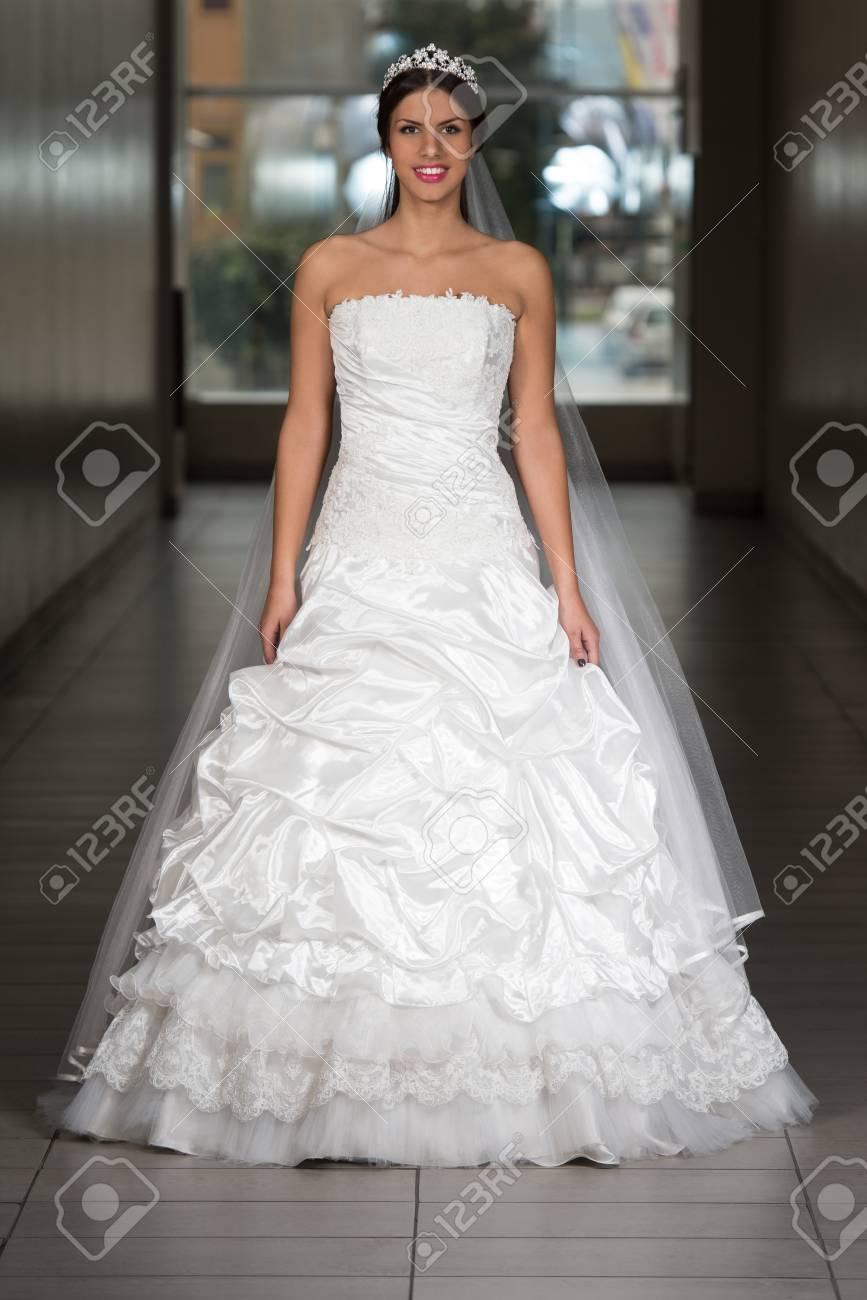 Großartig Brautkleid Pakete Bilder - Brautkleider Ideen - cashingy.info