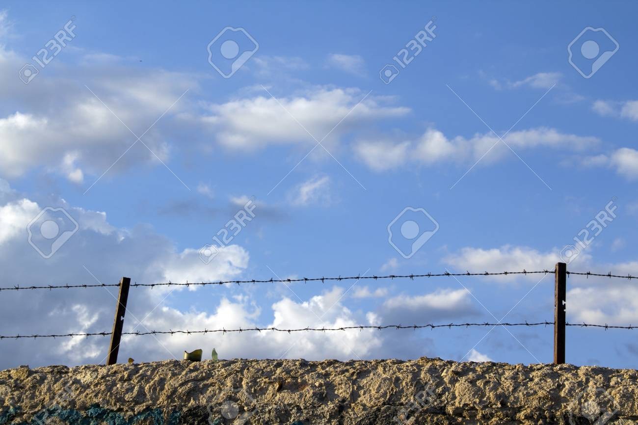 old wall with barbed wire and crystals Stock Photo - 10097267