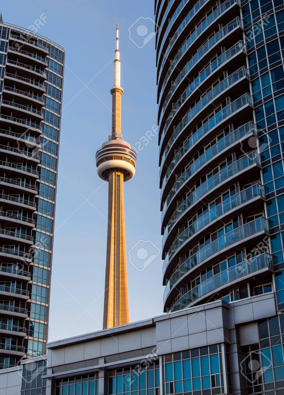 Building Frames Torontos CN Tower Stock Photo, Picture And Royalty ...