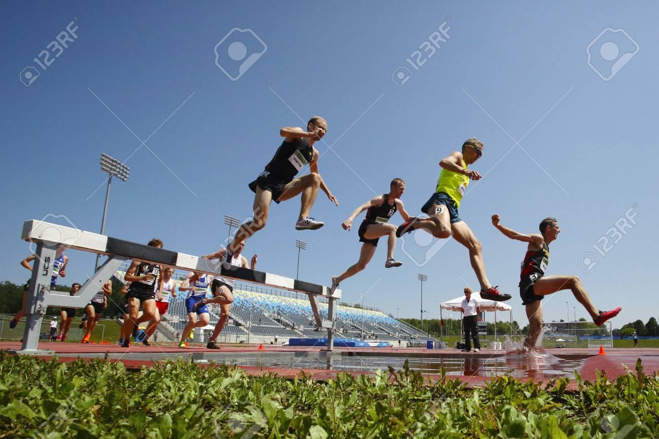Atletismo obstaculos 3000 metros