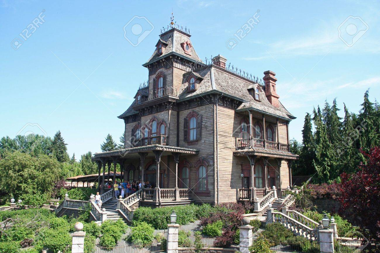House Of Horrors In Euro Disneyland Park In Paris, France Stock Photo    11025901
