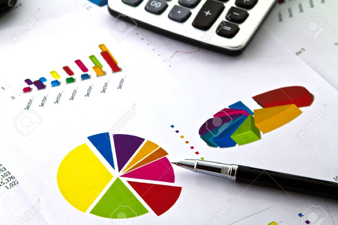 Pen and business graph Stock Photo - 10789461