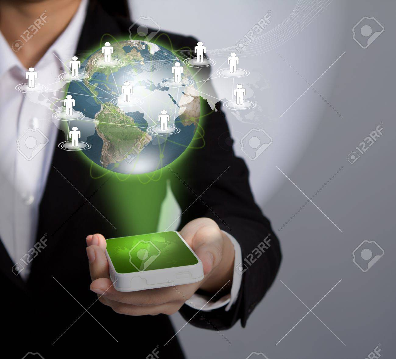 Hand holding a phone show Earth and social network Stock Photo - 11425080