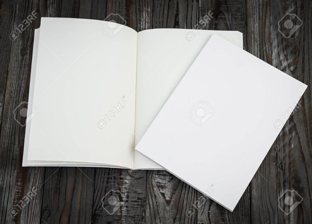 Blank catalog, magazines,book mock up on wood background - 47382081
