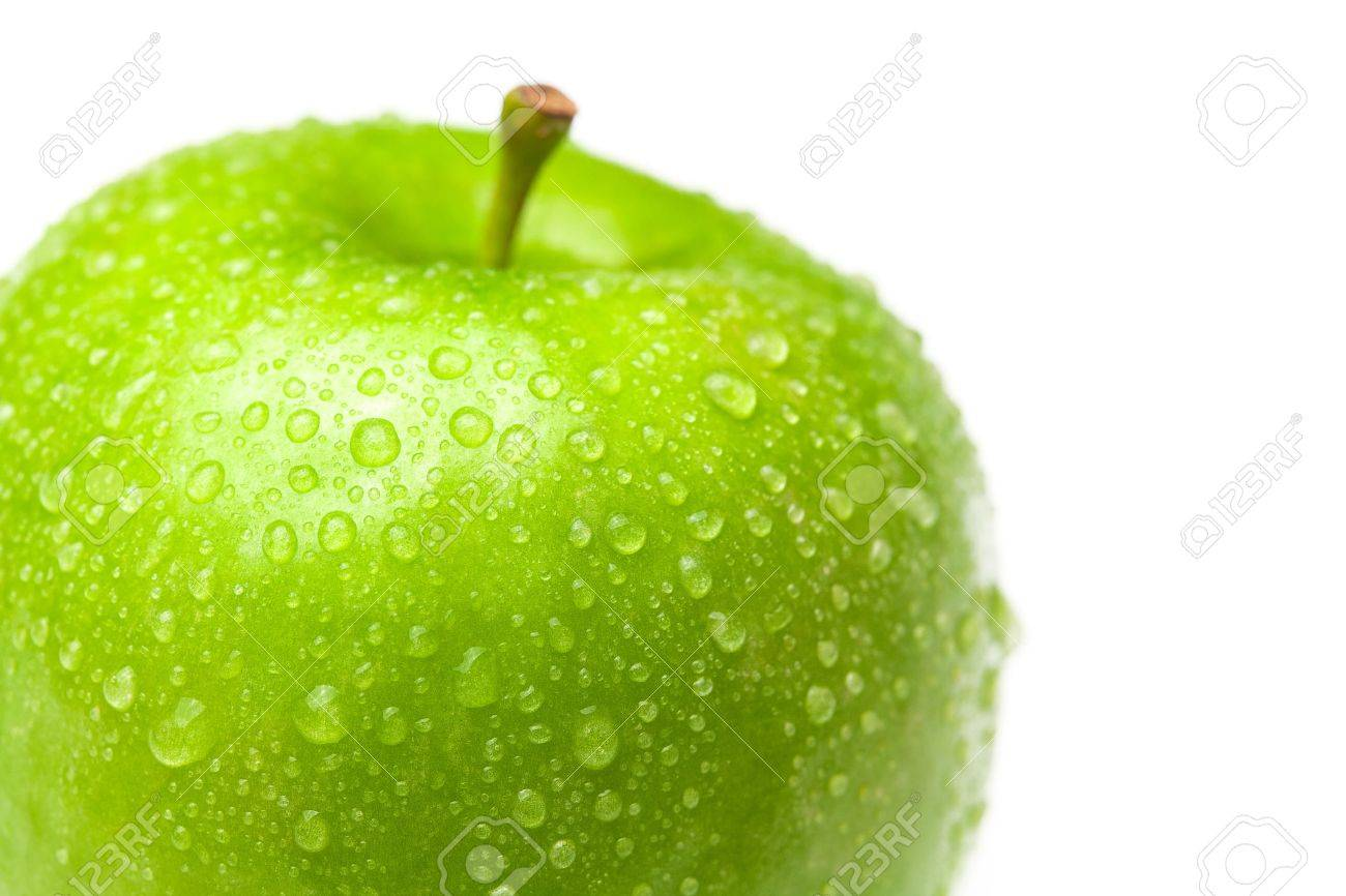 apple with water drops isolated on white - 9084466